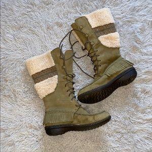 Ugg boots NWOT